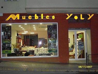 Fachada Muebles Yoly.jpg