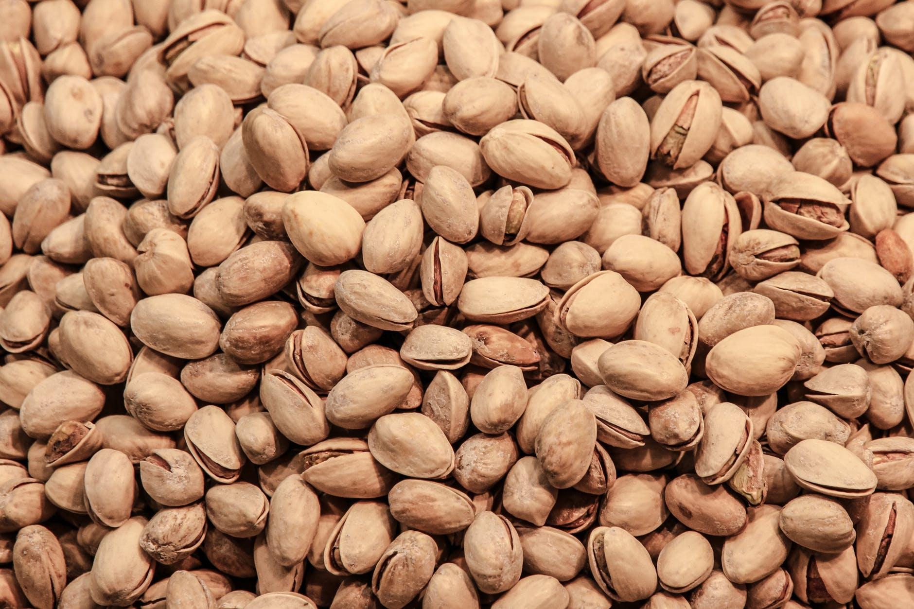 pistachio-nuts-pistachios-crisps-52521