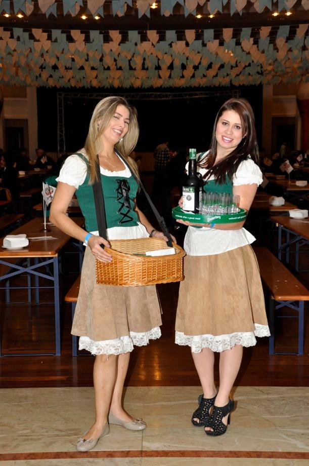 Oktoberfest Waitresses