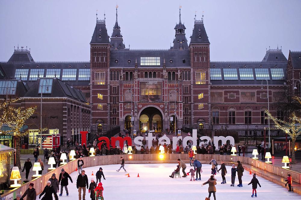 IAMSTERDAM sign in Amsterdam