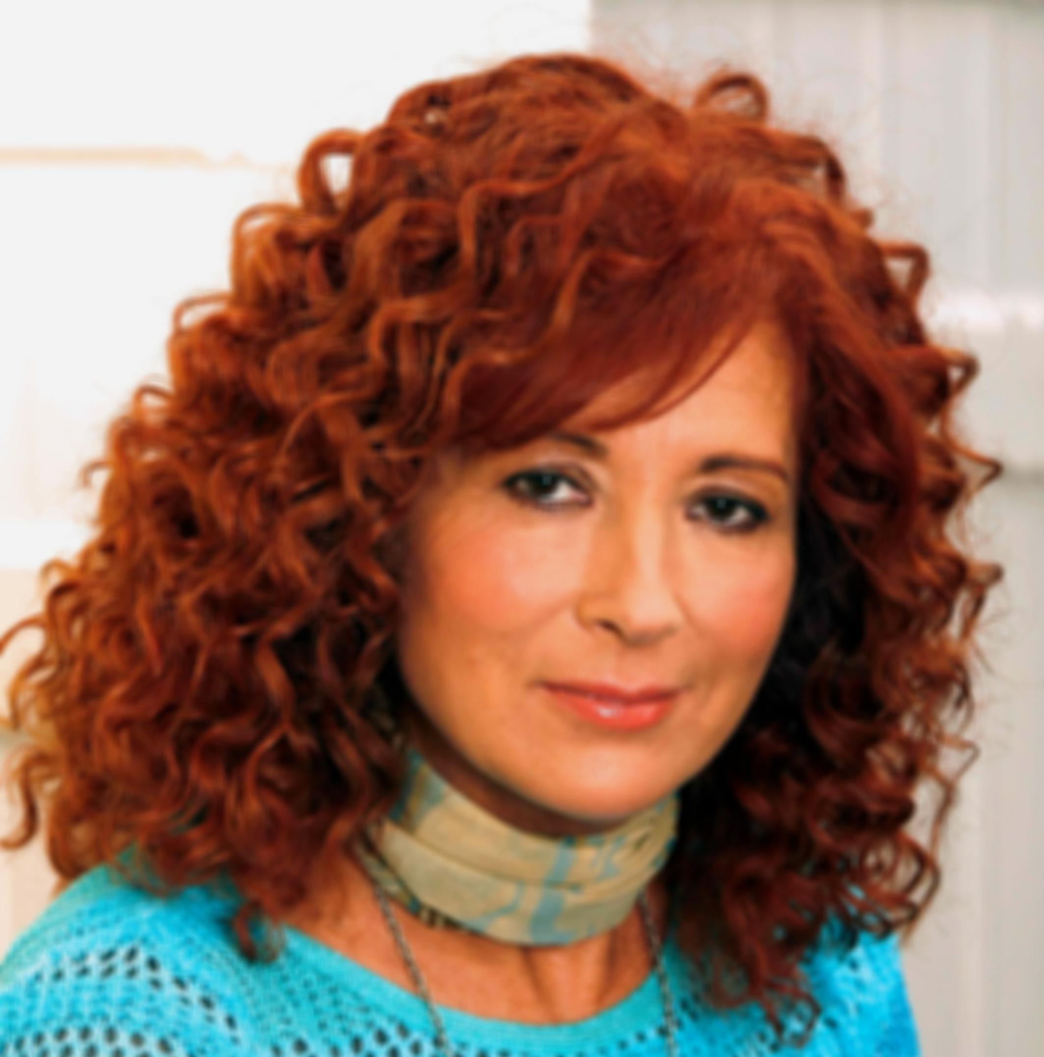 Horváth Beatrix (MOM)