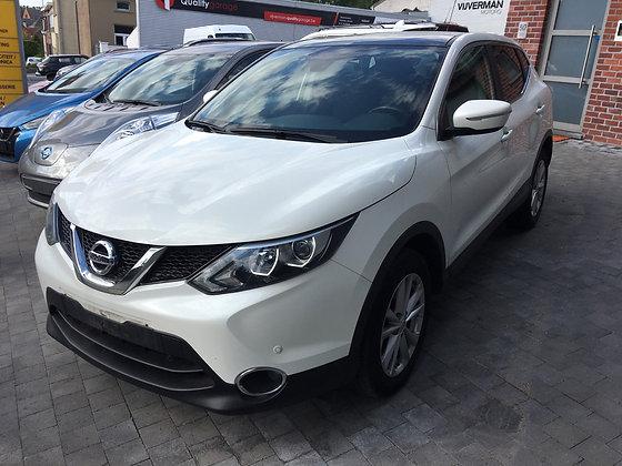 Nissan Qashqai Connect 1.2i benzine 2014 slechts 58.000km