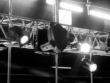 projectors-268661_1920.jpg