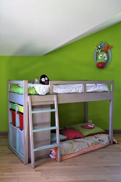 lit enfants bois massif laqué