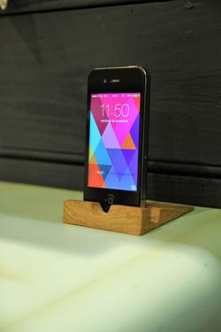 Dock pour smartphone chêne  console