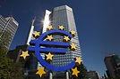 Logo-geant-euro-devant-Banque-Centrale-E