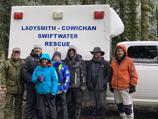 Ken and Laura Welte with the Ladysmith Search and Rescue