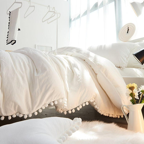 Indian White Duvet Cover With Two Pillow Covers