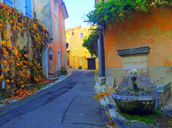 Provence Fountain_edited_edited_edited