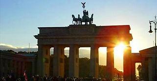 Brandenburg%20Gate_edited.jpg
