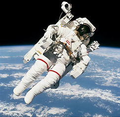 Bruce-Mccandless-II-Untethered-Spacewalk