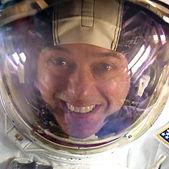 Ron_Garan_in_Space_Suit-Helmet.jpg
