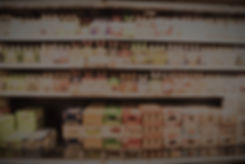 abstract-blurred-various-beers-at-grocer