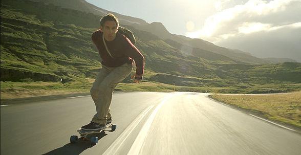 secret-life-of-walter-mitty-2013-skatebo