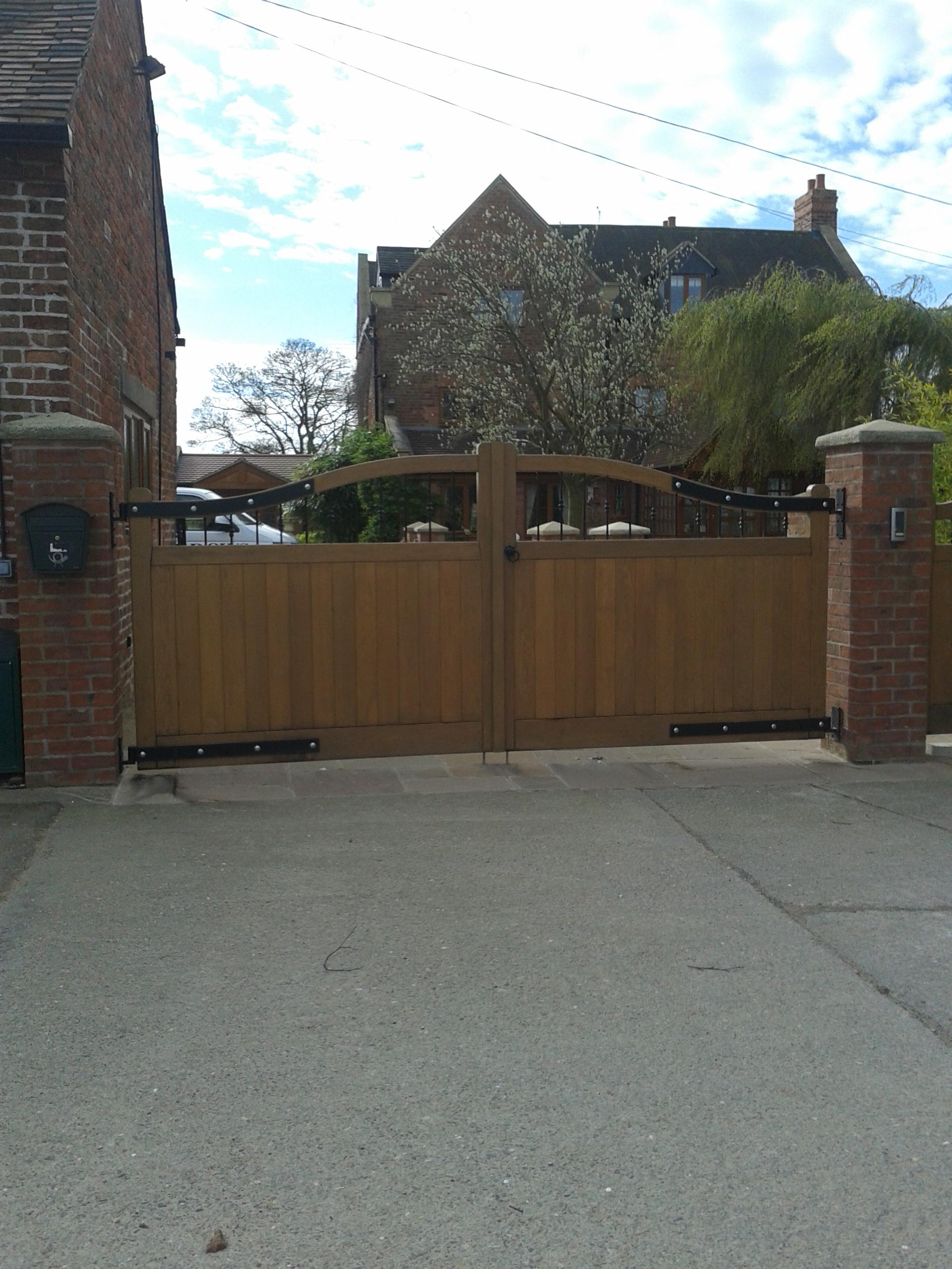bespoke-gates-shropshire