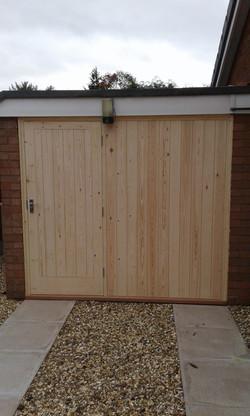 bespoke-garage-doors-uk
