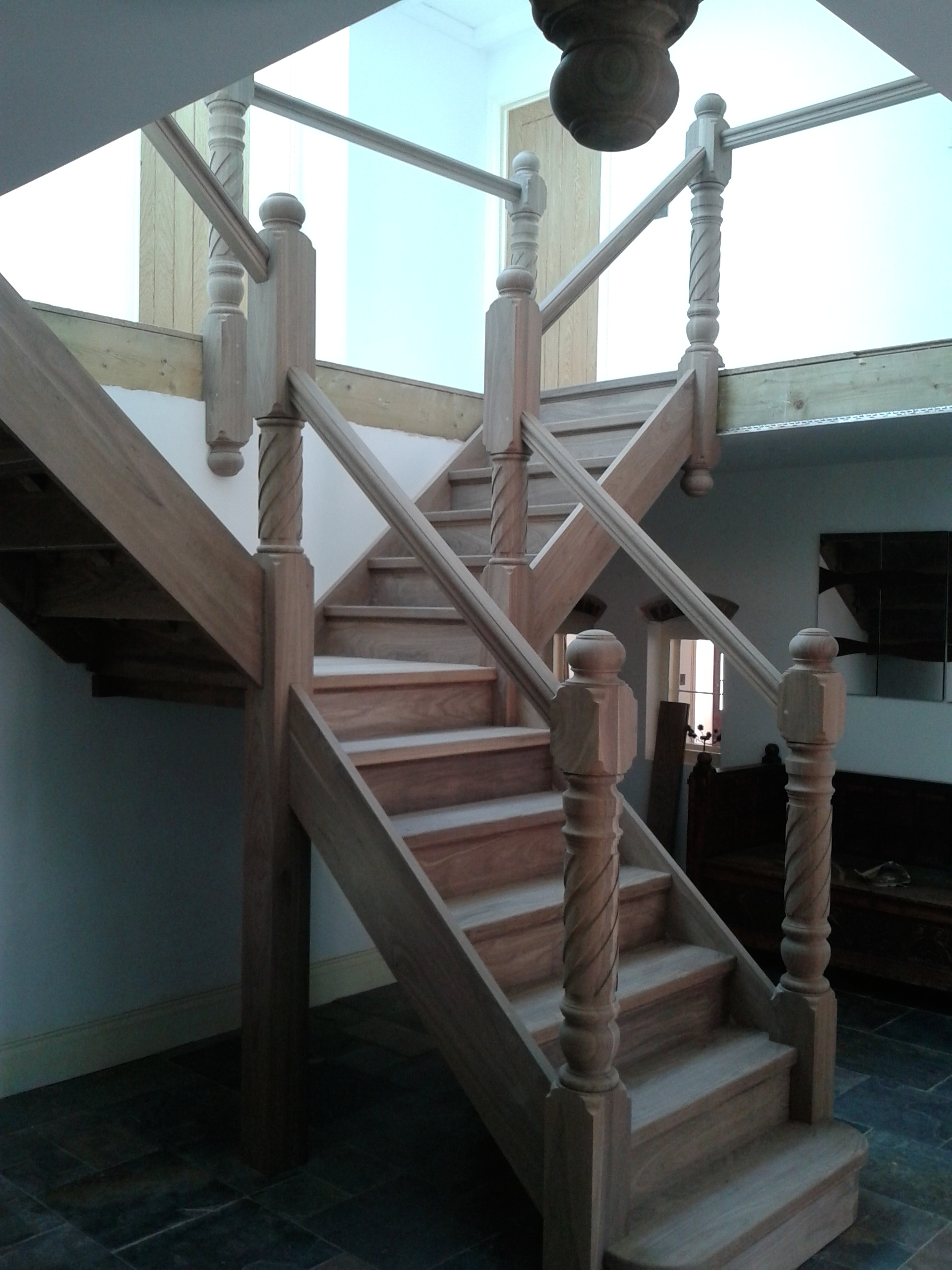 bespoke-stairs-uk