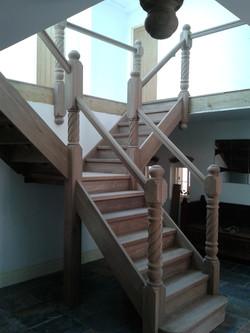 bespoke-stairs-uk