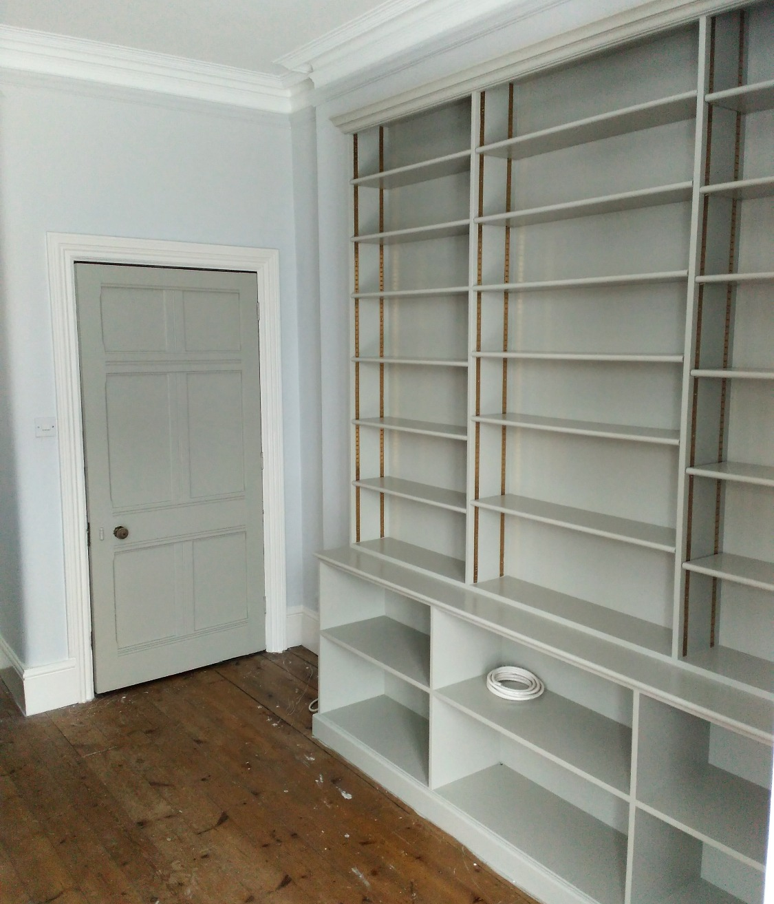 bespoke-shelves-uk