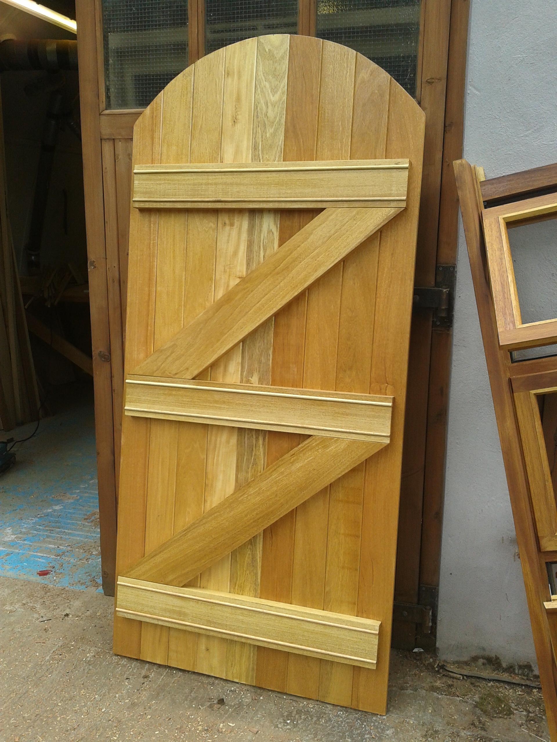 bespoke-gates-uk