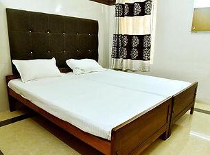Thirukadaiyur Hotels