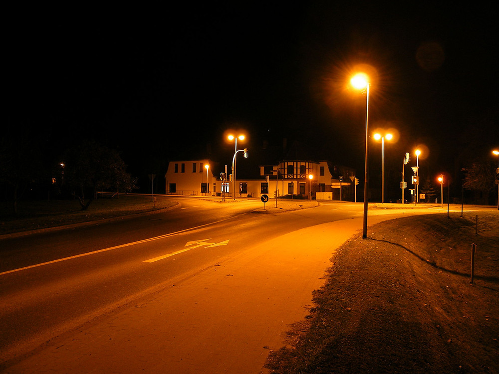 Pritzier-Kreuzung_B5_B321-bei_Nacht.JPG