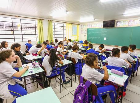 Aulas presenciais em Curitiba são suspensas até 31 de outubro