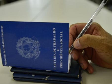Agências do Trabalhador disponibilizam 2.409 vagas com carteira assinada no Paraná