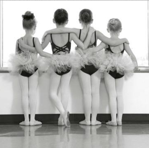 ballet dancers.png