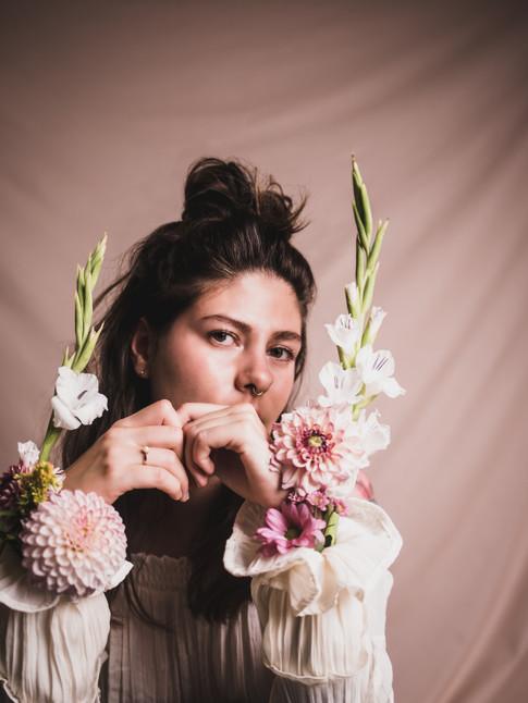 20190828_Irina_Virginia_Lana_Flowers_13.jpg