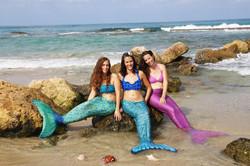 שלישיית בנות ים בצילומים