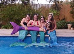 בנות ים משפחה
