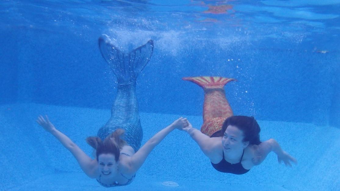 בנות הים