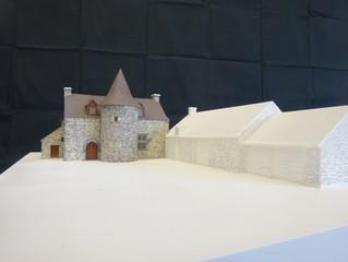 La maquette du manoir de la Cour de Launay réalisée par les élèves du lycée de Questembert.