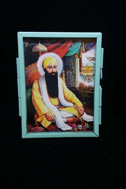 Guru Ram Das with Aqua Frame