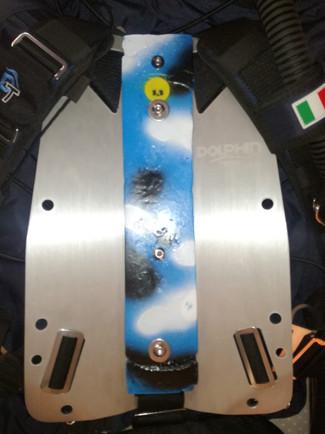 Peso da mettere nella curvatura dello schienalino in acciaio inox o alluminio mimetico blu