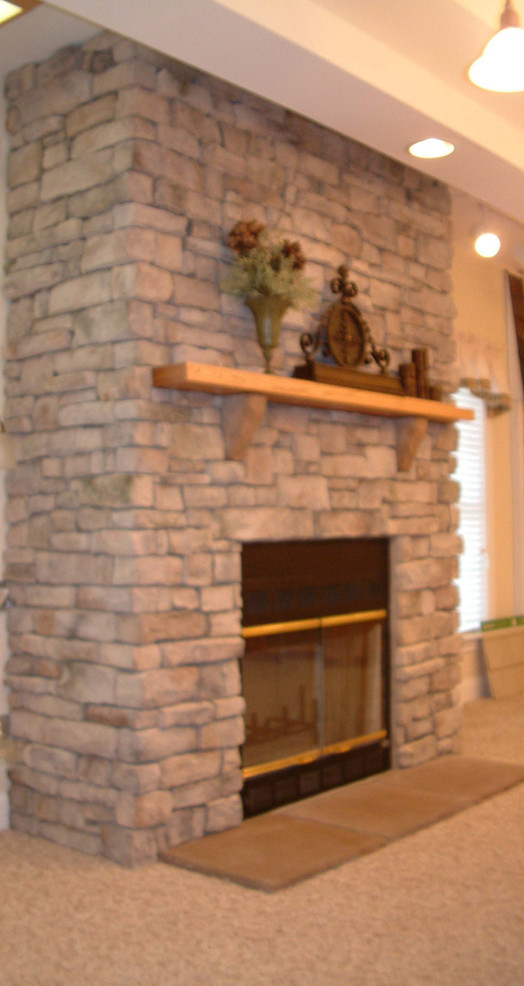 Virginian Fireplace with Full Height Sta