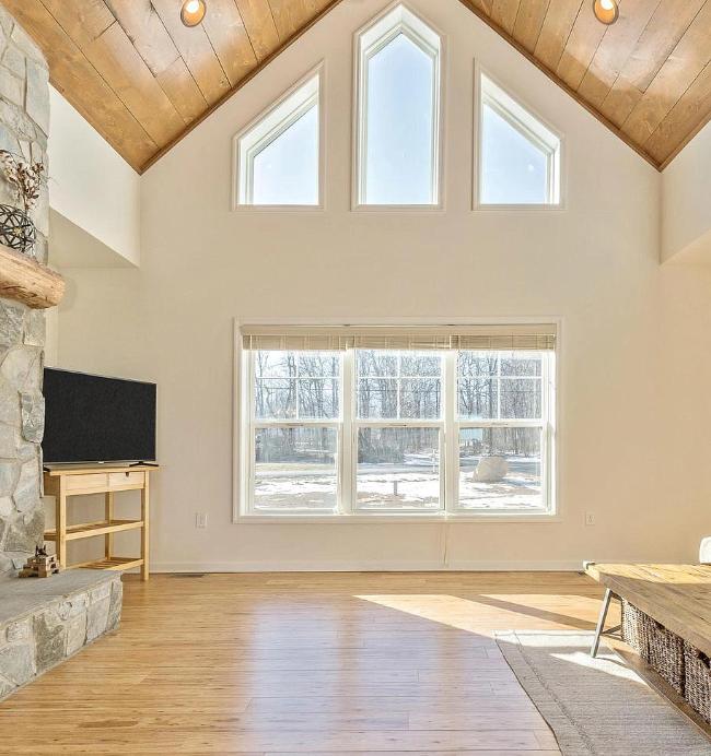 Custom Vaulted Livingroom