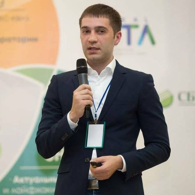 Александр Деев