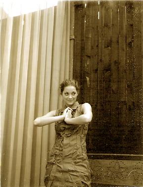Marion Cotillard robe Emita Churlaud Paris