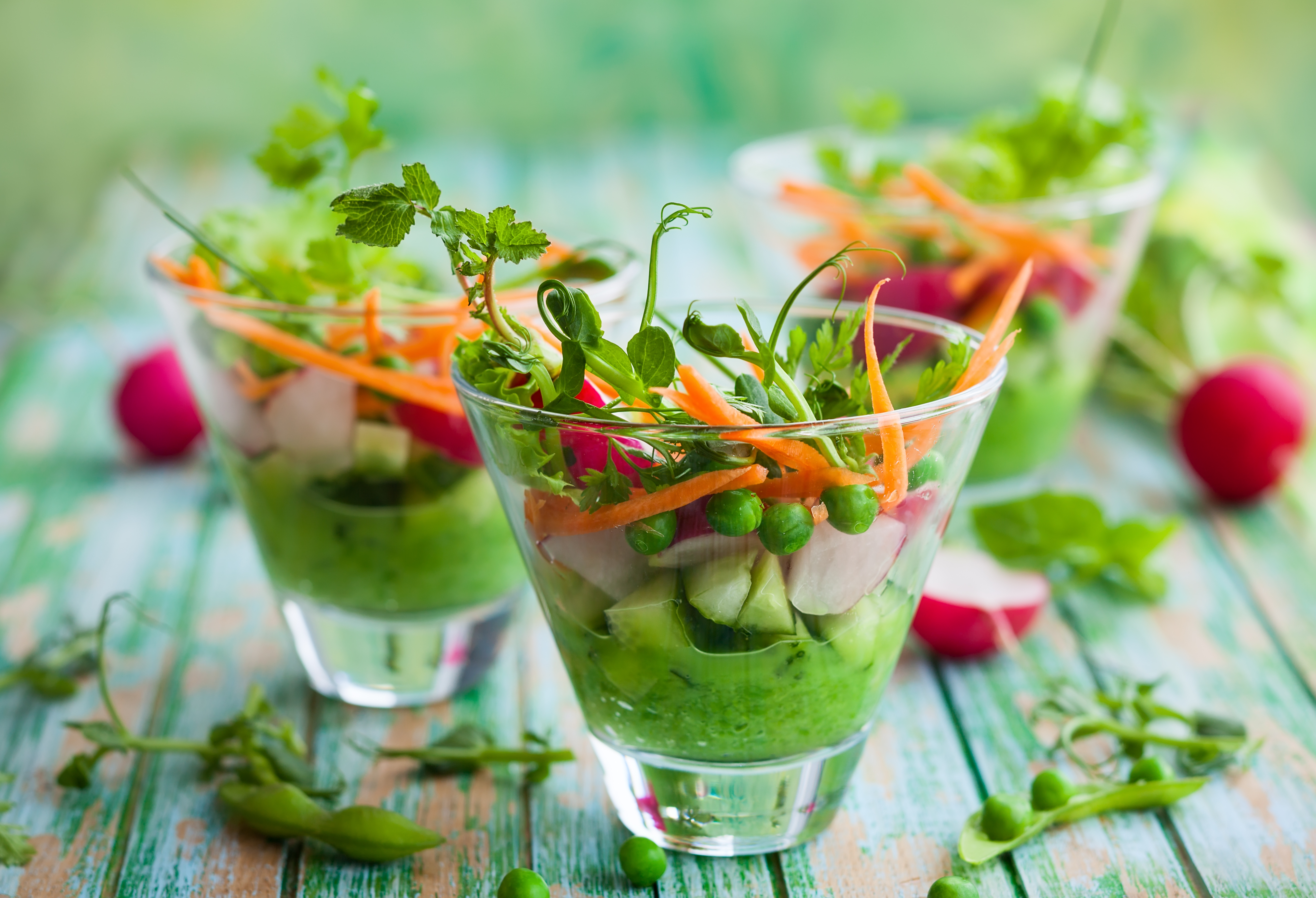 Spring appetizer with raw vegetables and