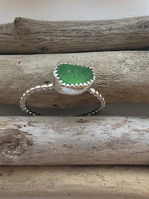 Kelly green Ring