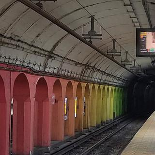 Av. Corrientes y Agüero. Estación de Subte. Línea B. Estación Carlos Gardel. Balvanera. Ciudad Autónoma de Buenos Aires. Argentina