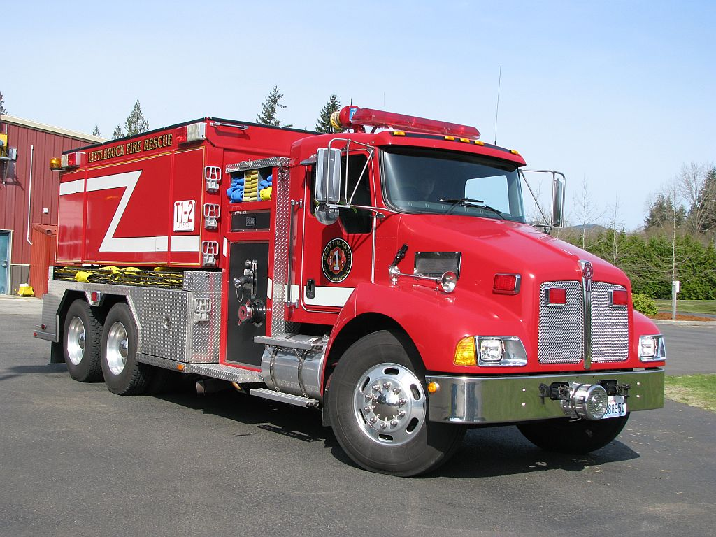 Tender 1-2 - 2006 Kenworth - 2500gal