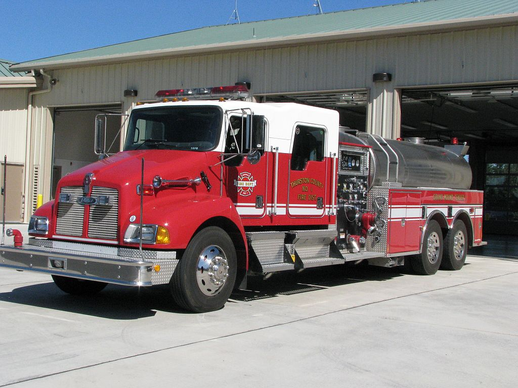 Tender 1-1 - 2001 Kenworth - 2800 gallons