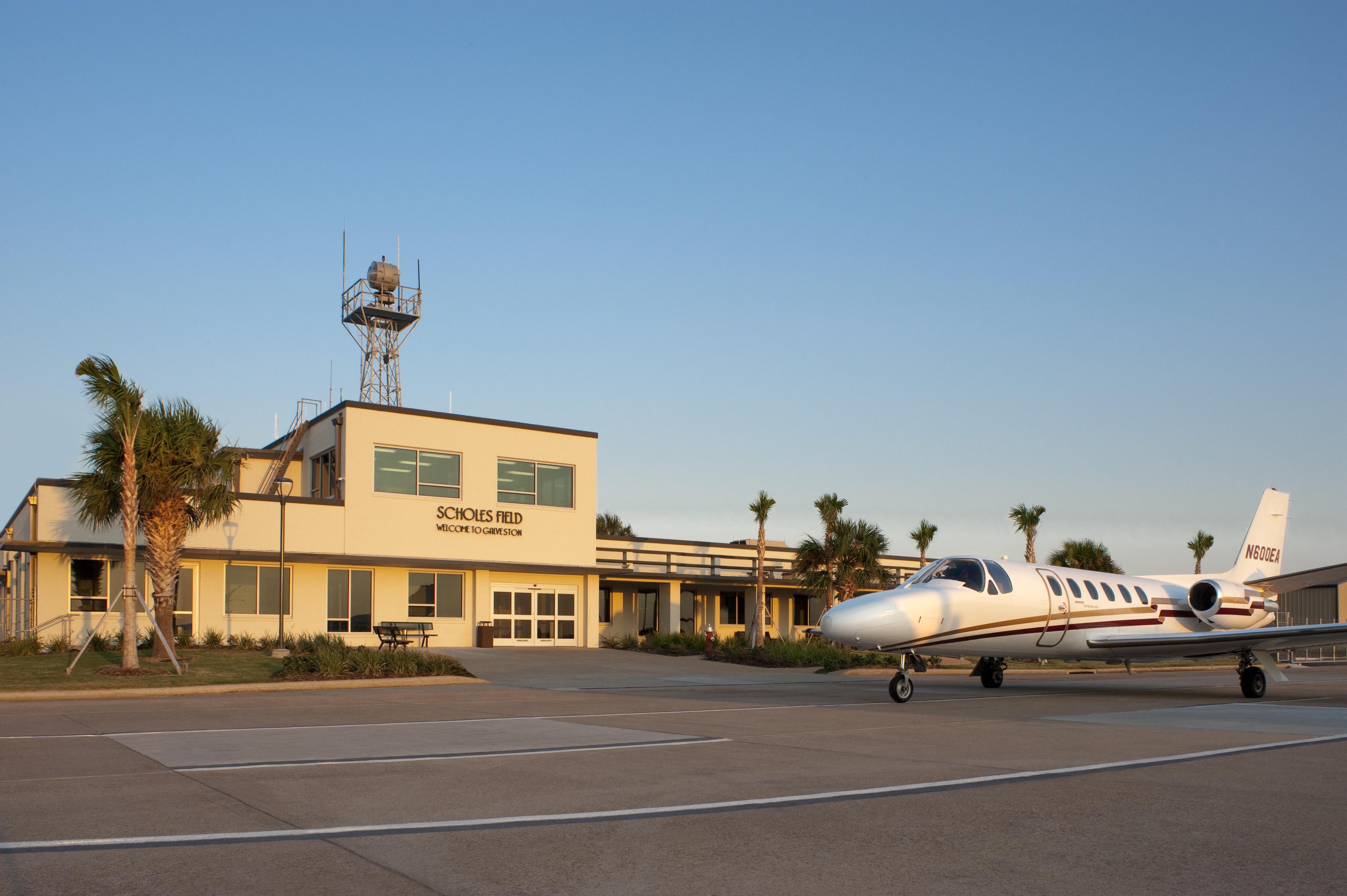 Scholes International At Galveston Airport