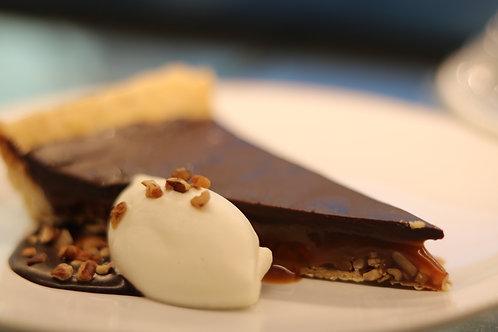 La Scala Chocolate Pecan Tart Slice