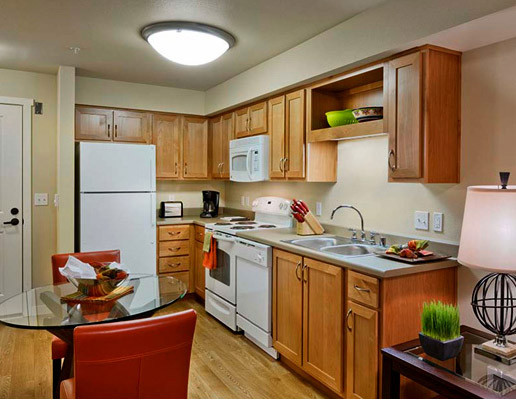 Studio kitchen.jpg