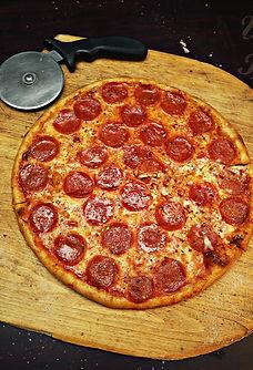 Wiseguys Pizzeria Pepperoni Pizza