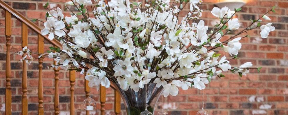 Magnolia & Blossom Centrepiece